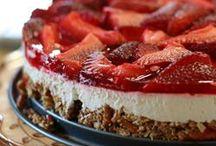 Dessert / by Mandi Yates