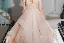 Najpiękniejsze suknie ślubne. Wiosna 2017