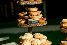 Wedding Reception - Dessert Bar / by Brittany Overstreet