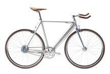 E-Bike / E-Bike, bike, cycling, lifestyle, eco, sustainability, urban, mobility, outdoor, fitness