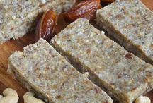 Paleo Bars & Slices / Not too sweet and packed with nutrition, that's how we like it.