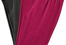 Homewear | BAUR / Wir lieben es mit Kuschelsocken, Pyjama oder Kapuzenpullover Zuhause zu entspannen. Findet hier die passende Homewear.