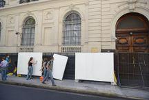 ¡30 por los 30! Mural frente a la Embajada de Rusia. / Hoy, frente a la Embajada de Rusia, un grupo de treinta artistas plásticos convocados por Greenpeace y Monoblock realizaron un mural para pedir la liberación de los treinta ecologistas detenidos hace 49 días por defender el Ártico.  Apoyá con tu firma el pedido de liberación de todos los activistas: Apoyá con tu firma el pedido de liberación de todos los activistas: http://grpce.org/H8R1rh  ¡Gracias a todos los artistas!