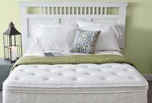 Bed / by Beverly Jorgensen
