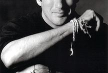 RICHARD GERE / ACTOR