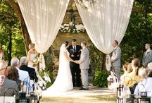 Barn wedding inspiration  / Barn rustic weddings perfect back drops