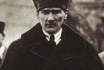 Mustafa Kemal Atatürk  / Bütün zorba hükümdarlar hep dini alet edindiler; Hakiki ulema, dini bütün alimler hiçbir vakit bu zorba hükümdarlara boyun eğmediler. Fakat gerçekte alim olmamakla beraber, sırf o kılıkta bulundukları için alim sanılan, çıkarına düşkün haris ve imansız bir takım hocalar da vardır. Hükümdarlar işte bunları ele aldılar ve işte bunlar dine uygundur diye fetva verdiler. Gerektikçe yanlış hadisler uydurmaktan çekinmediler. Gerçek ve imanlı ulema her vakit her devirde bunların kinine hedef oldu...