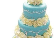 Wedding Cakes / by Danielle Soffer