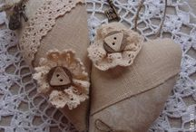 Hearts and other beautiful things... / Art and Crafts