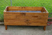 Our pallet projects / by Jodi Hunley