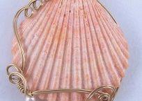Kettenanhänger aus Muscheln
