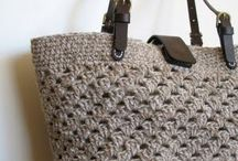 Bags & Totes / Beautiful bags and shoppers to knit and crochet.