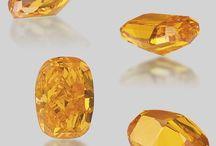 Diamonds og ædelsten
