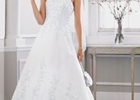 for sale....call 252-560-3764 / wedding dress for sale. bought from David's bridal. Has been dried cleaned and package professionally. Asking $300.......new price at David's bridal $600 / by Winnie Hill