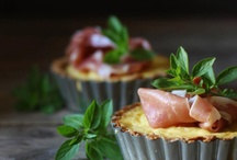 Tarts and Pies (savory) / Easy and healthy recipes for savory tarts and pies. Learn how to make your own pie crust and find amazing filling for your next  tart for dinner.