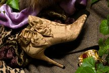 The Rubelli Brocade Bow Booties / Silk brocade bowed booties, adorned with an enchanting bow. For ravishing belles and other fairy creatures