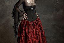 Gotik kıyafetler