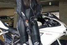 Mädchen Motorrad