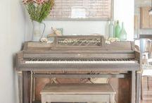 Pianos folder