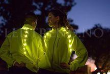 Jakke med LED-lys / Jakker og klær med ledlysene, for å sikre syklister og joggere at de blir sett når de er ute på veien i mørket.