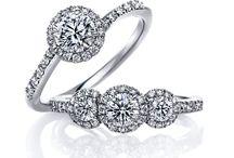 Halo Solitaire 婚約指輪