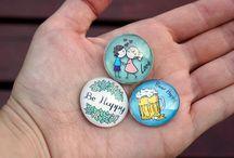 Mini glass magnets