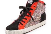 AshSneakers