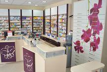 Amenajare farmacia Neopharm / Mobilier specializat pentru farmacii, design de farmacie. http://www.sertarefarmacii.ro/proiecte/30-farmacia-neopharm-calarasi