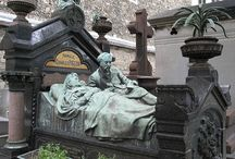 ++ Pere Lachaise ++ / Graves to Visit!