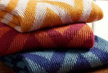 Throw Blankets, Duvet Covers and Rugs / Everything to make your home and bedroom cozy and trendy.