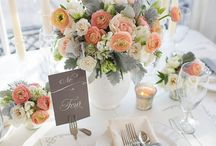 Peach & Navy Blue Wedding / Wedding with peach details, champagne and blush accents, and lots of sparkle and glam. :) / by Chelsea Mohler