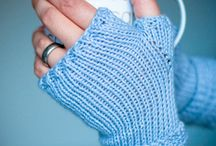 Knitting patterns / Knitting, scarfs, gloves.. bits and bobs