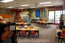 Cool Classrooms / Classrooms that would be fun to both teach in and learn in.