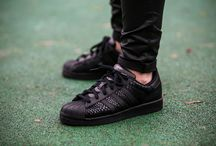 "adidas Superstar ""Core Black"" (S75126)"