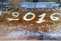 Τσουρέκι / Το παραδοσιακό πολίτικο τσουρέκι μας, με φρέσκο βούτυρο και μαχλέπι, αποτελεί μία από τις σπεσιαλιτέ του ζαχαροπλαστείου μας!