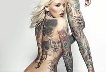 tatuointei ja tyttöjä