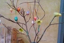D.I.Y. Easter Crafts / by Debbie McCollough