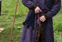 Ropa y calzado Medieval / Ropa y zapatos de estilo medieval para hacer recreación
