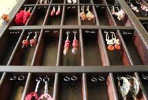 náušnice, náramky, náhrdelníky
