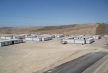 Campamentos Modulares / Campamentos modulares definitivos o temporales adaptables a sus necesidades, gracias a la unión de distintos módulos prefabricados. Más información en  http://balat.com/campamentos-modulares-alquiler-venta.aspx