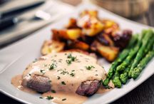 The best sauces for steak / Of all meat dishes, fried steak is one of the most popular and versatile. Join us on a culinary journey across the world and pick up stacks of ideas along the way!