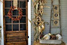 Fall Decorating Themes / Fall Decorating Themes featuring fall colors, like orange, rust, and green