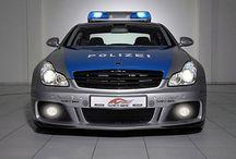 "W World Police Deprt (1) / World""s PD Cars."