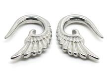 Gauges, plugs and piercings / by Kim Vonk