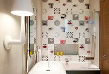 Small bathrooms / By using a combination of compact fixtures and fittings and ingenious design tricks, even the smallest bathroom can be transformed into a relaxing, spa-like retreat