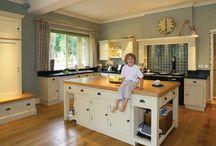 handmade bespoke kitchens uk