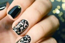 Retro Nail Art Inspirations / Perfect your retro getup with these fun and gorgeous nail art designs.
