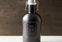 Groomsmen Gifts / The perfect groomsmen gift ides for your guys