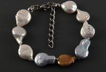 Náramky s perlami ocelové