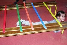 Spelles/gym voor kleuters / Ideeen voor spelletjes voor kleuters. In de gymzaal of in de klas